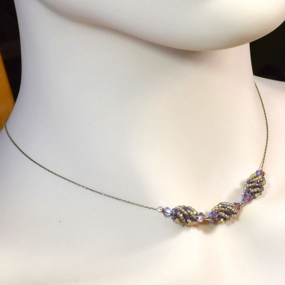 Teaberry Necklace Gold